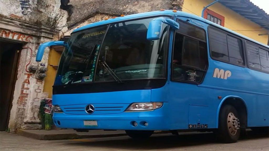 autobus de frente