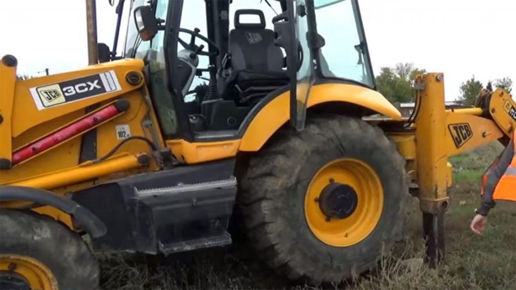 las ruedas de un tractor