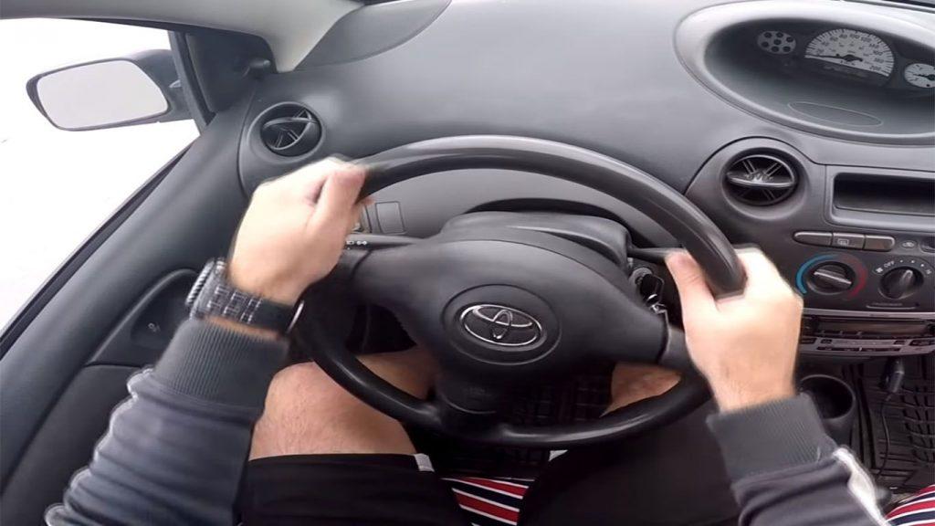 volante del automovil